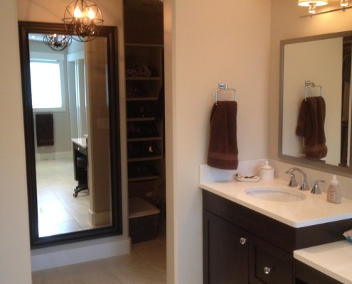 master-bathroom-walk-in-closet-red-deer-design